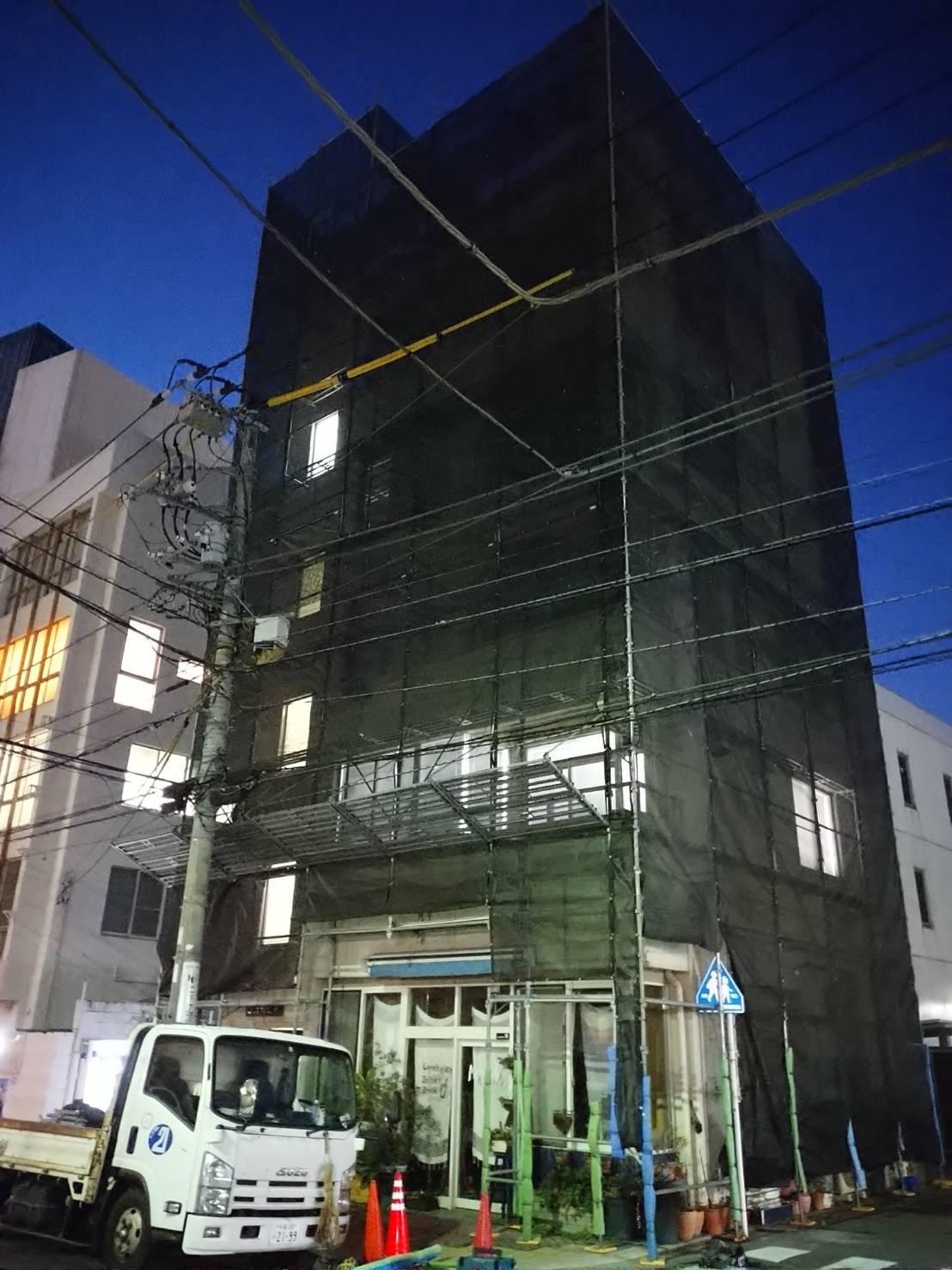 野崎工業 足場工事施工事例 横須賀市小川町
