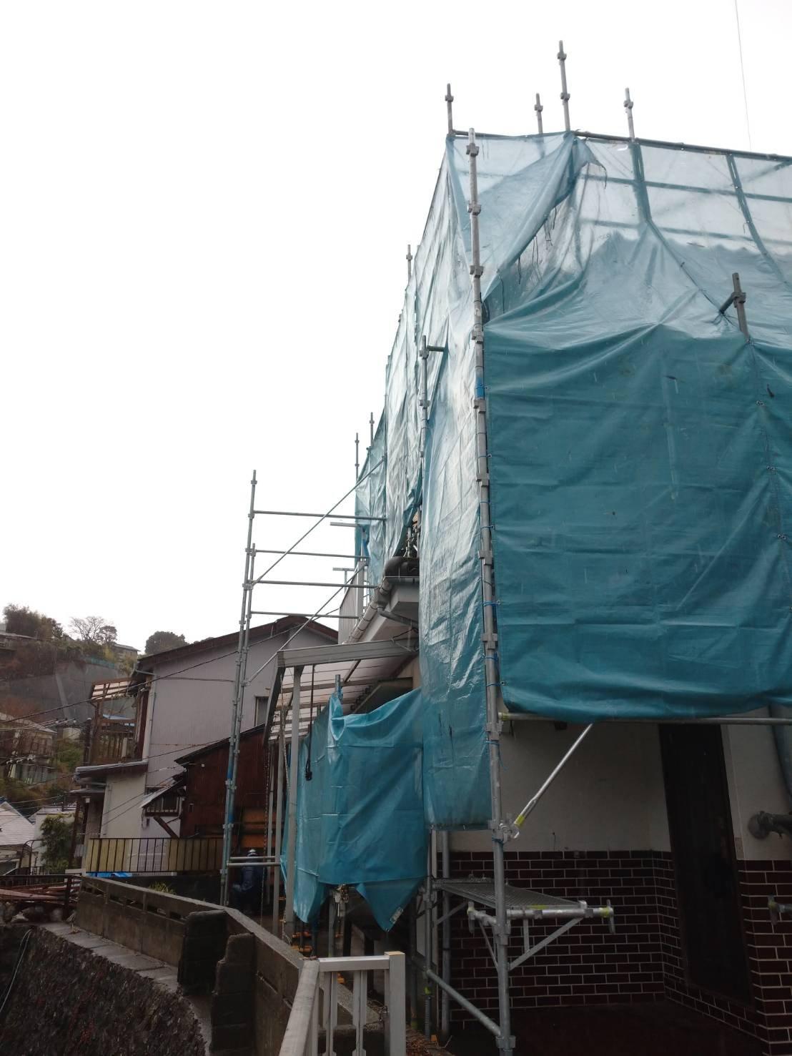 野崎工業 神奈川県横須賀市汐入町 足場工事 施工事例                      外壁塗装