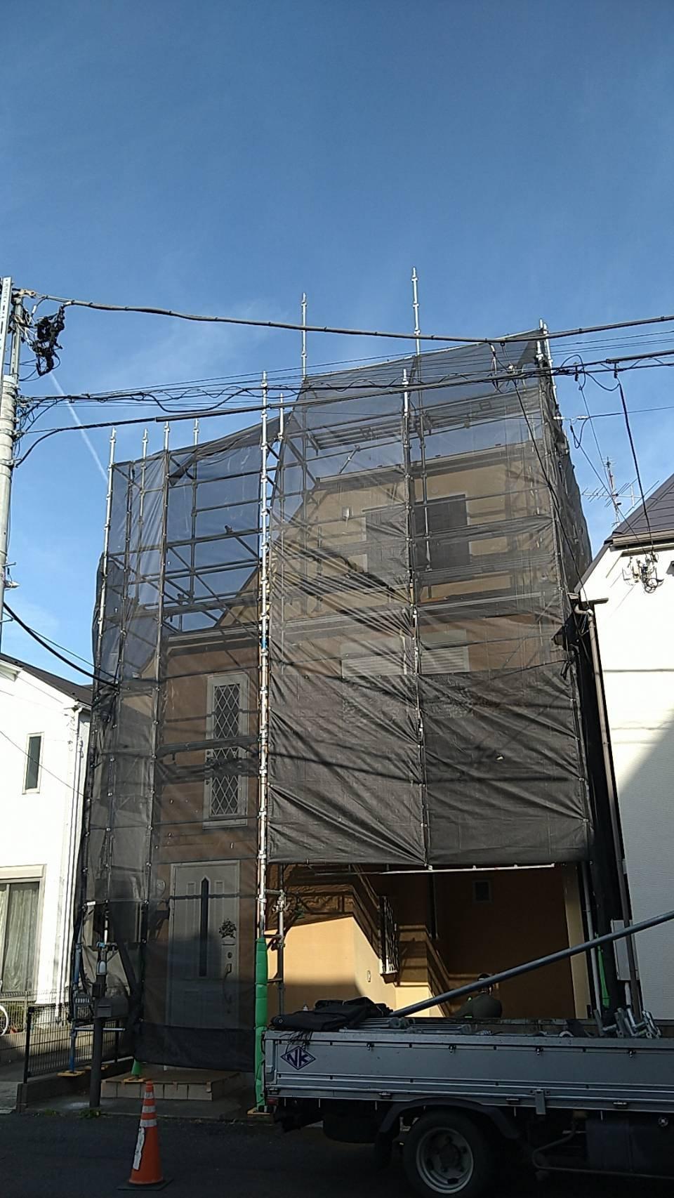 野崎工業 東京都小金井市 足場工事 施工事例                                    屋根足場 外壁塗装