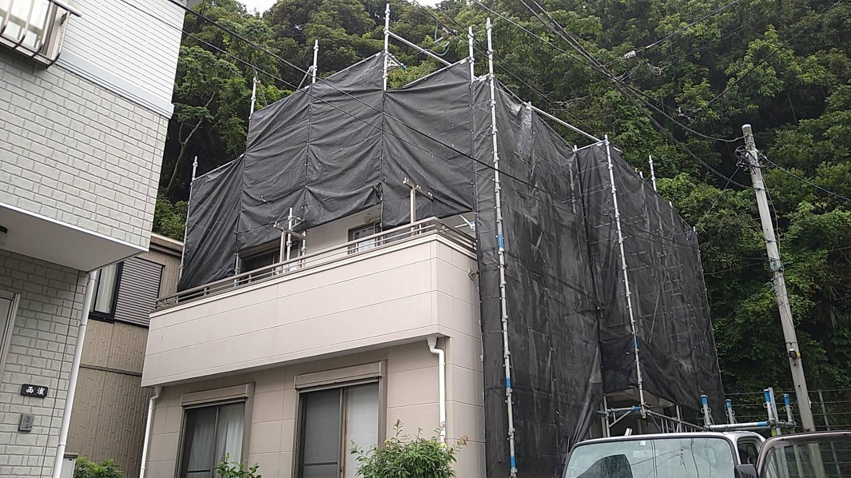 神奈川県横須賀市 足場工事施工事例 屋根工事