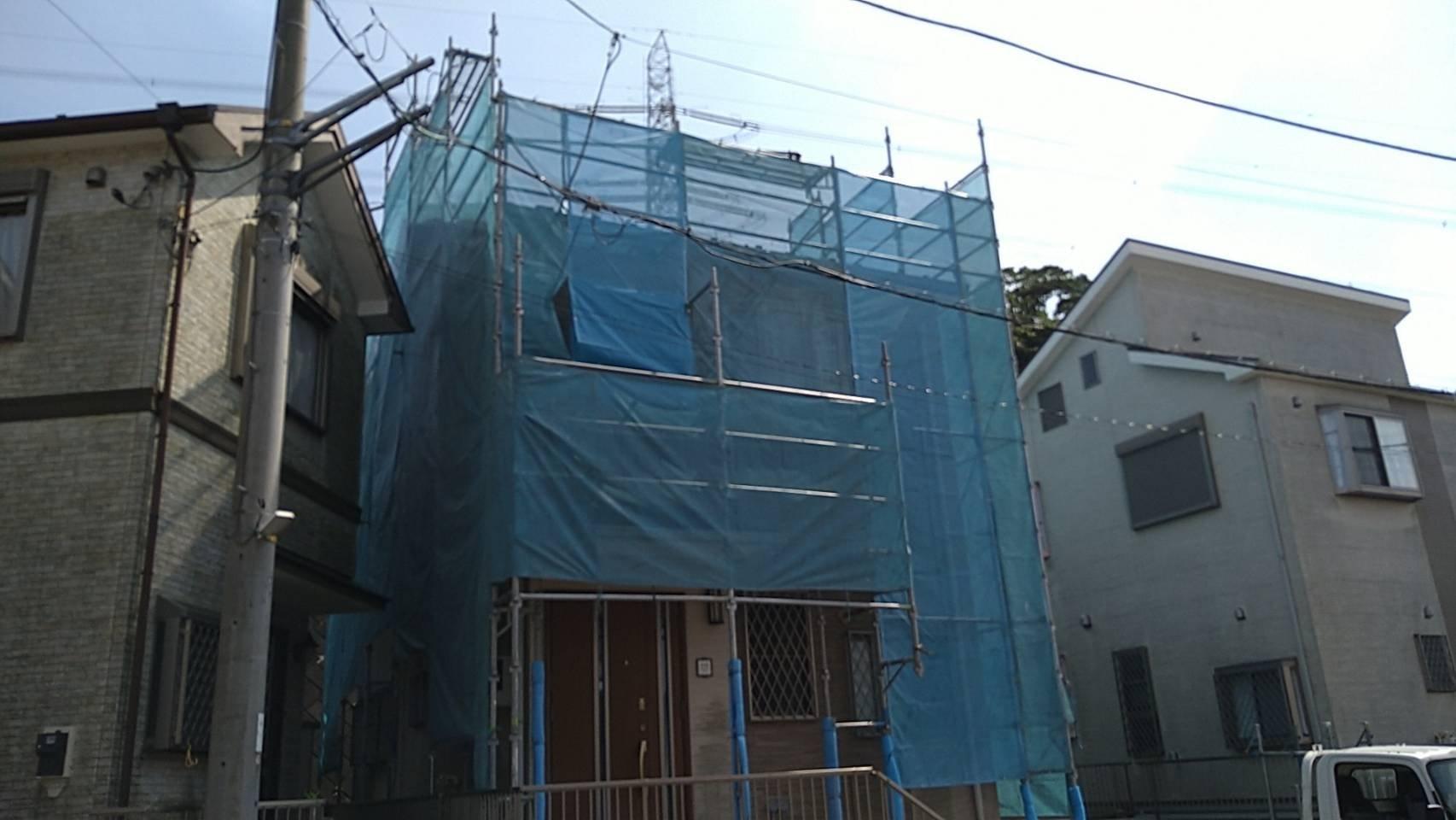 神奈川県横須賀市ハイランド 足場工事施工事例 屋根工事