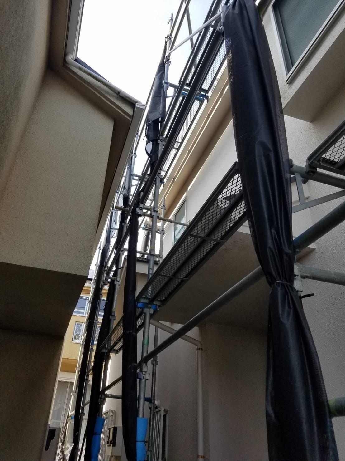 神奈川県横須賀市武 足場工事施工事例 屋根工事
