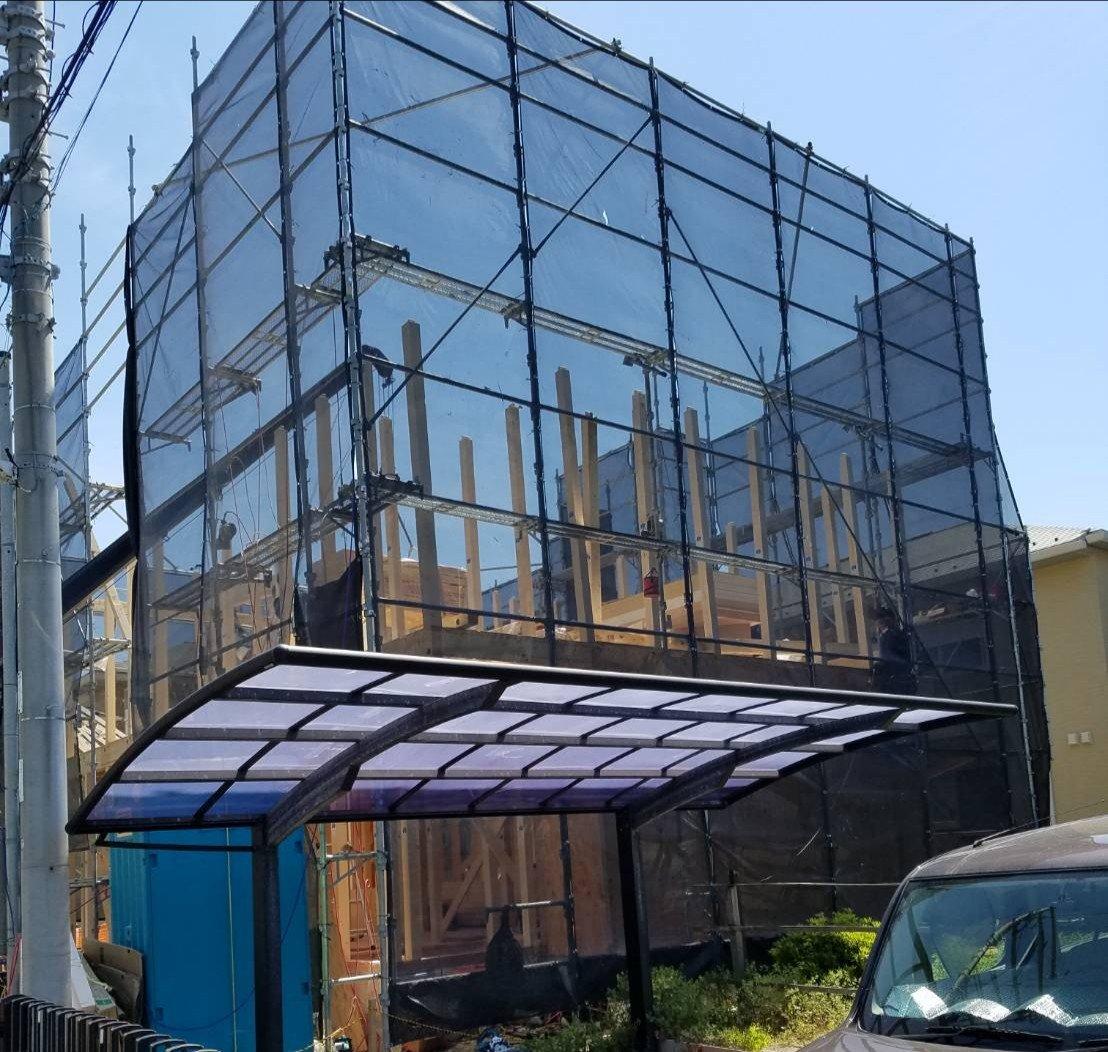 野崎工業 神奈川県逗子市 足場工事 施工事例  新築足場 上棟