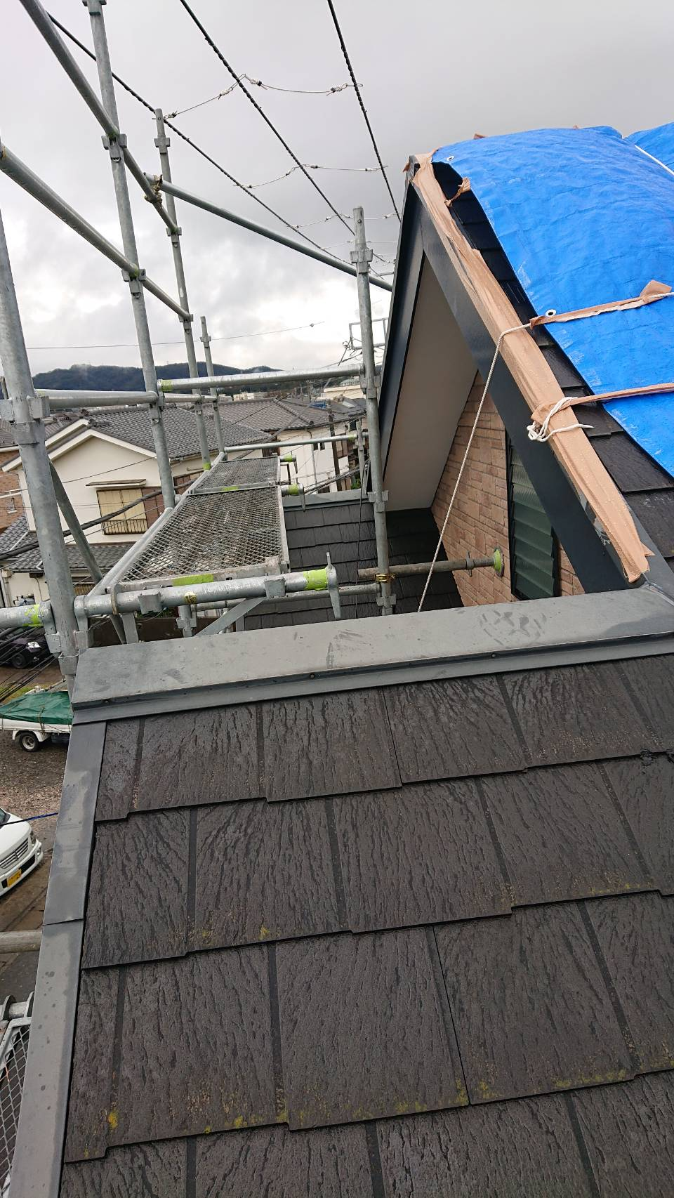 横須賀市 台風被害の為の屋根工事用足場工事