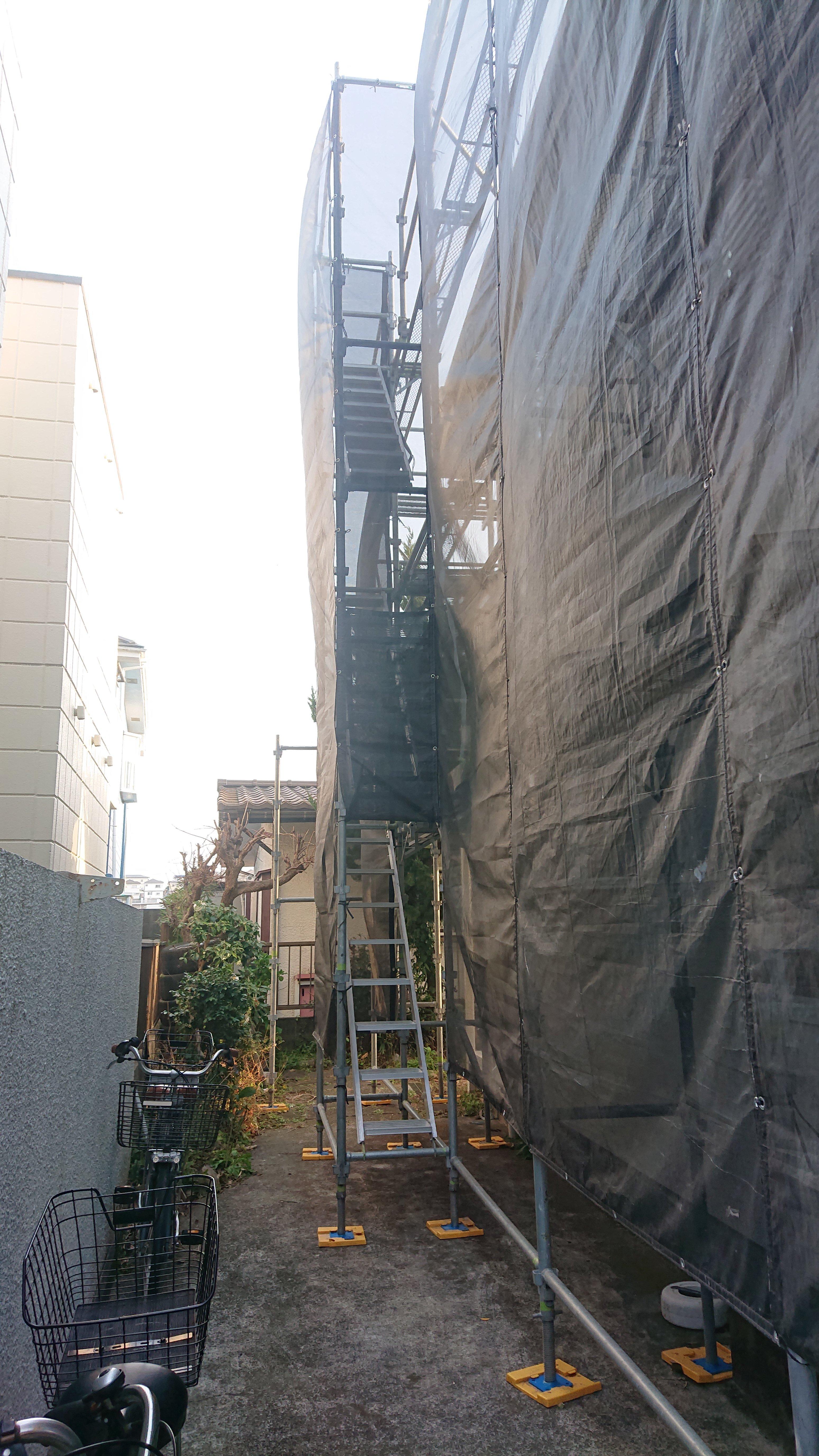 野崎工業 神奈川県横浜市金沢区 足場工事 施工事例